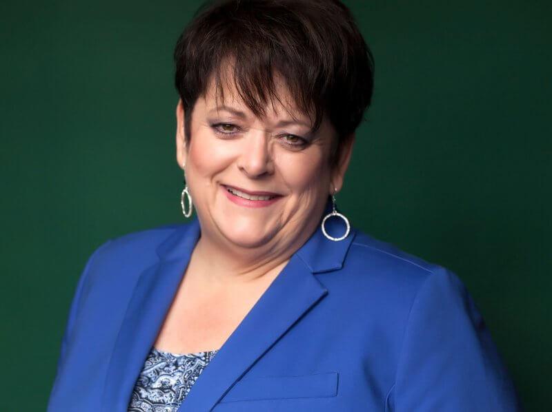 Annette Cyr Athabasca University Strategic pursuits - the 2018 Volunteer Service Alumni Award recipient