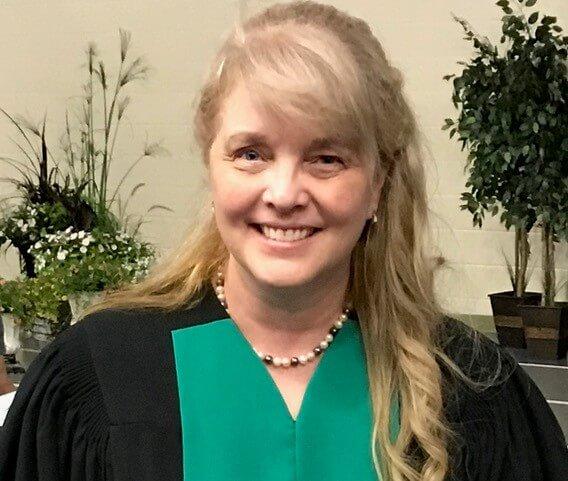 Dr. Stefanie Ruel