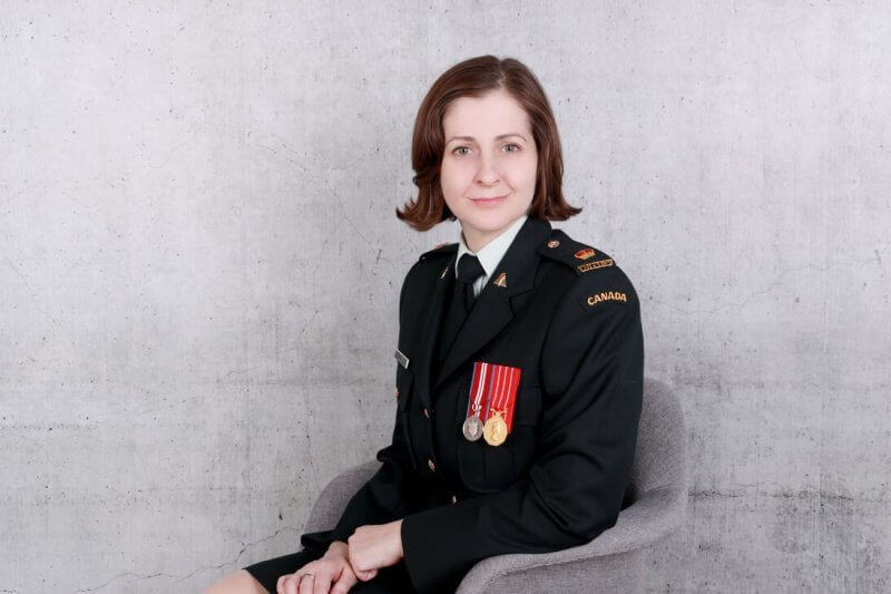 Major Kim Jones, an Athabasca University alumna and current Doctor of Education candidate, credits AU's flexibility with helping her to achieve her educational goals while managing life's other commitments.