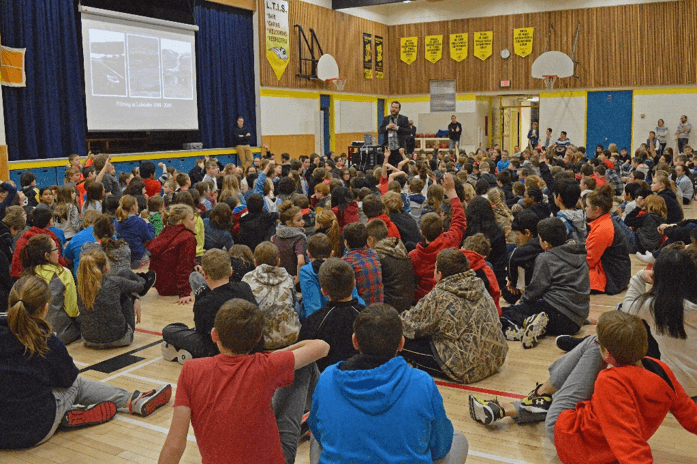 A talk on wolves by filmmaker Andrew Manske at Landing Trail School, Athabasca. Photo: L. Lindballe.