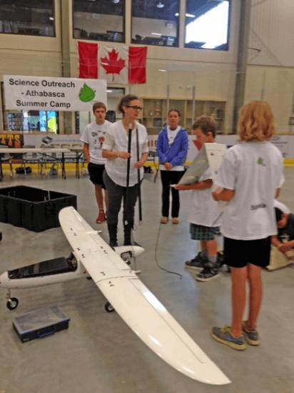 Dr. Frédérique Pivot with student participants of a camp on Unmanned Aviation Vehicles. Photo: L. Lindballe.